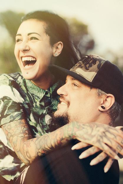 Laura et Mike – Un mariage Atypico-Rebelle