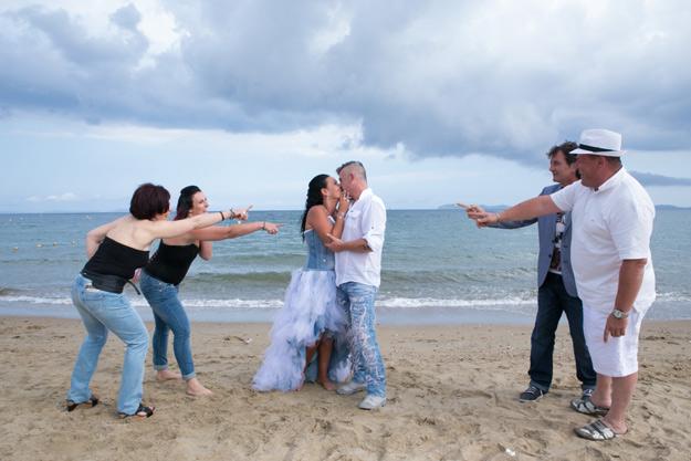 Invités de mariage : votre tenue !